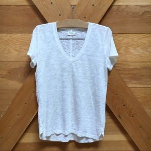Lou & Grey white V neck t shirt
